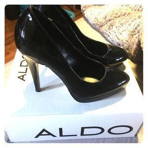 Aldo black pump heels